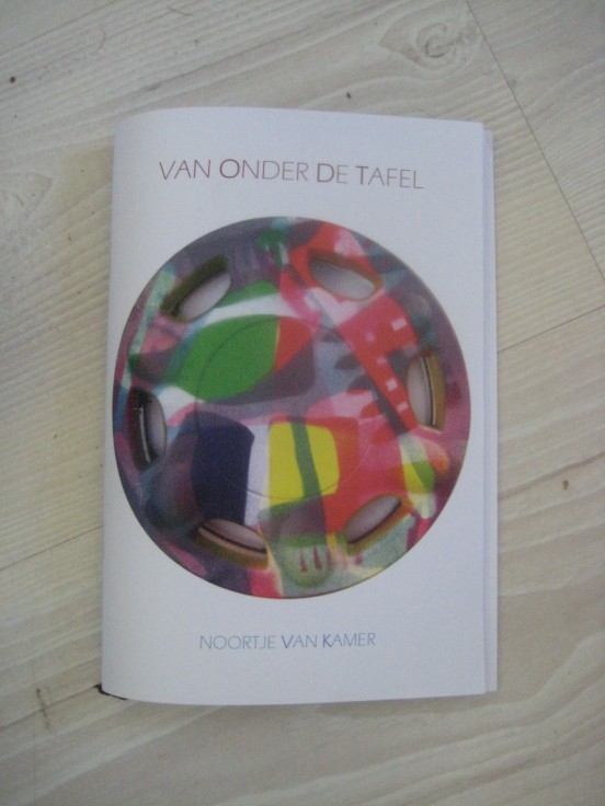 Gedichtenbundel Van Onder De Tafel